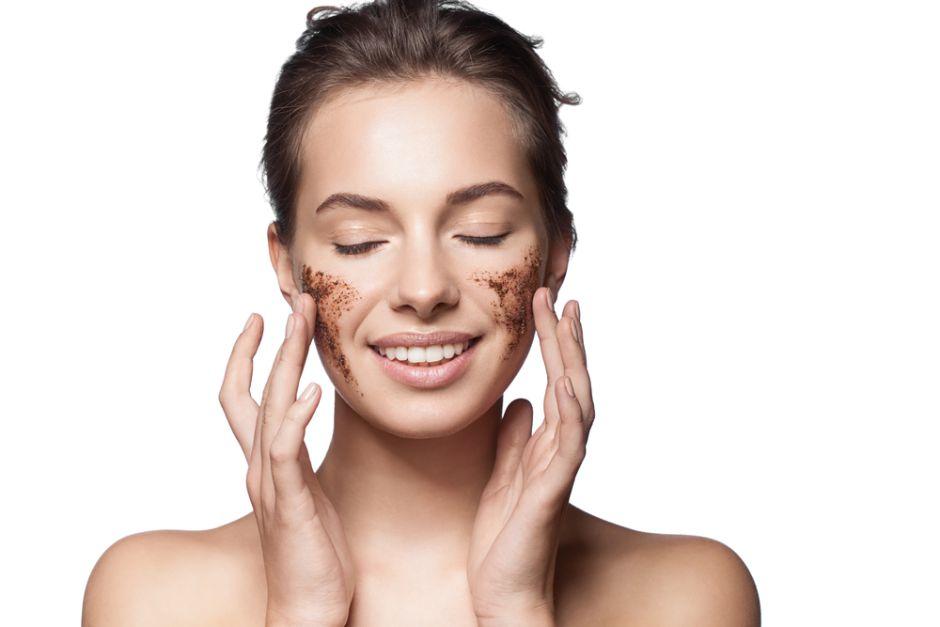 Gel exfoliante para pieles sensibles DIY (hecho en casa)